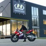 At Hyperpro with the 2013 Polar Ice Ride R1 ••• Bij Hyperpro met de 2013 Poolijs-R1