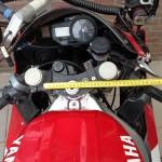 Original triple clamp on the 2013 Polar Ice Ride R1 ••• Originele kroonplaat op de 2013 Poolijs-R1