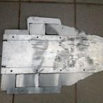 Three aluminium plates cover the radiator from the 2013 Polar Ice Ride R1 ••• Drie aluminium platen dekten de radiateur af tijdens de 2013 Poolijsrit